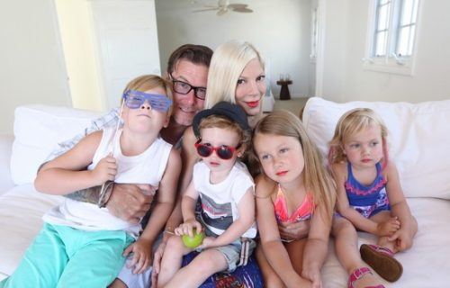 "Tori Spelling Cries Over The Thought Of Living Modestly: ""My Dad Wouldn't Have Wanted This"""