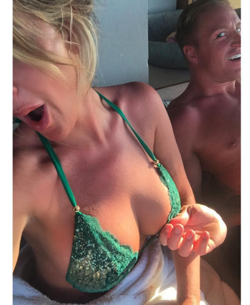 Kim and Kroy enjoy a romantic get away