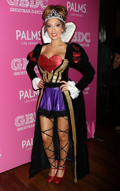 Farrah Abraham as Queen Of Hearts