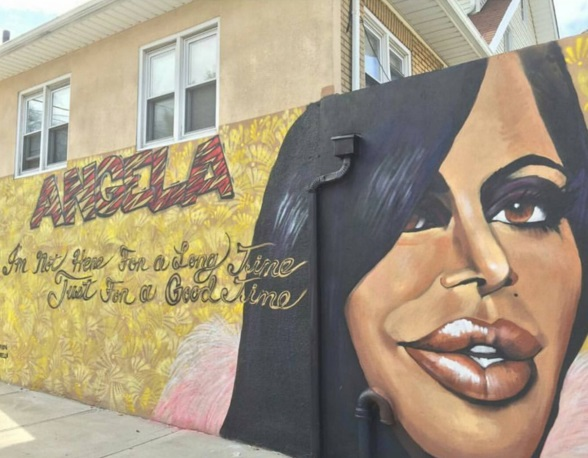 mob wives ang mural