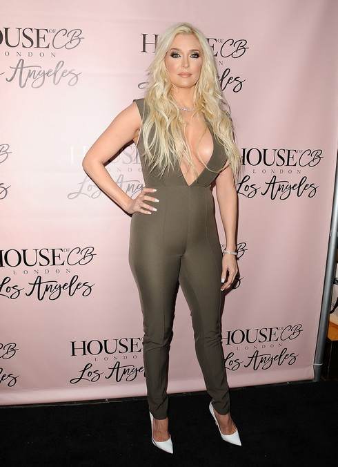Hot Photos Friday – Erika Jayne, Lisa Rinna, Lisa Vanderpump And More
