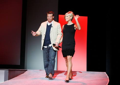 NEW YORK - APRIL 2: Television personalities Jon Gosselin (L) and Kate Gosselin of TLC's