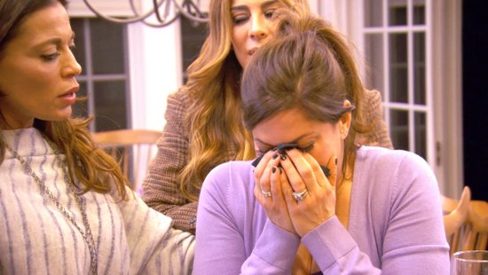 Jacqueline cries over Teresa