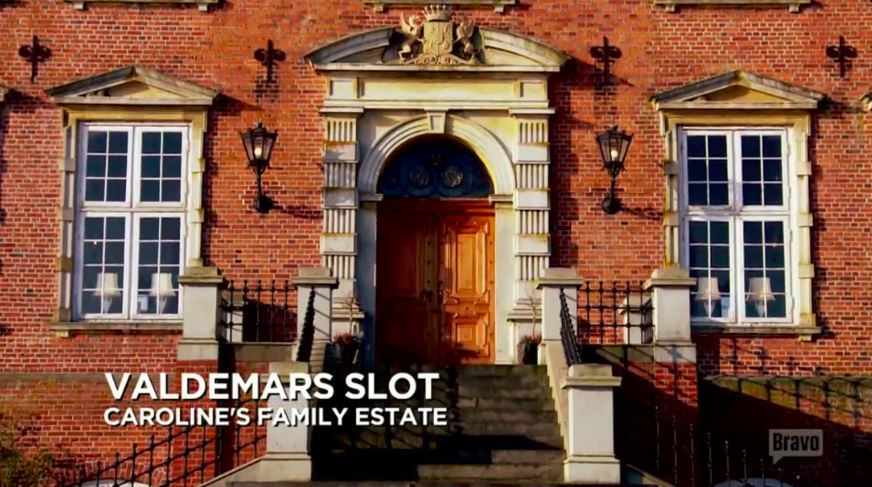 Valdemars-Slot-Estate-2-Ladies-Of-London