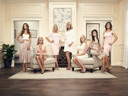 THE REAL HOUSEWIVES OF ORANGE COUNTY -- Season:12 -- Pictured: (l-r) Lydia McLaughlin, Tamra Judge, Shannon Beador, Meghan King Edmonds, Vicki Gunvalson, Peggy Sulahian, Kelly Dodd -- (Photo by: Tommy Garcia/Bravo)
