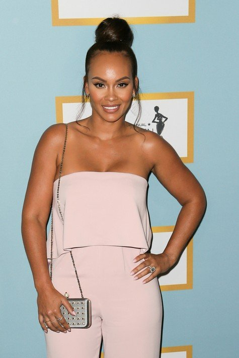 BEVERLY HILLS, CA - FEBRUARY 25: Television Personality Evelyn Lozada arrives at the Essence 9th Annual Black Women event in Hollywood at the Beverly Wilshire Four Seasons Hotel on February 25, 2016 in Beverly Hills, California. (Photo by David Livingston/Getty Images)