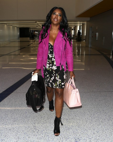 LOS ANGELES, CA - SEPTEMBER 08: Kenya Moore is seen on September 8, 2017 in Los Angeles, California (Photo by SMXRF/Star Max/GC Images)