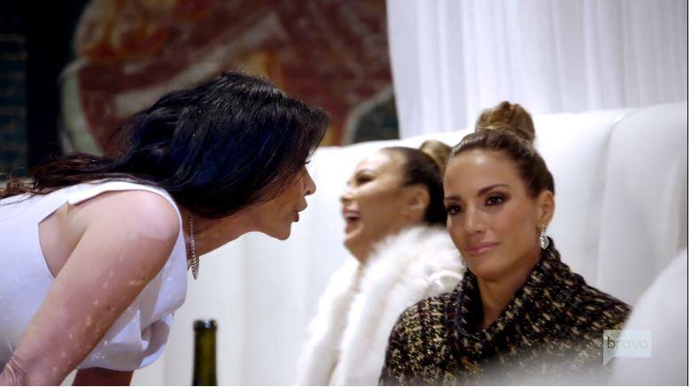 LeeAnne Locken Shoots Down Accusations That She Wants To Destroy Cary Deuber's Family; Only Speaking To D'Andra Simmons & Kameron Westcott After FI