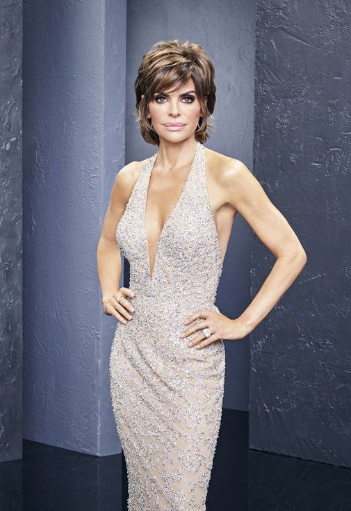 Lisa Rinna Embraces Her New Role Of 'Momager' To Model Daughters Delilah Belle And Amelia Gray