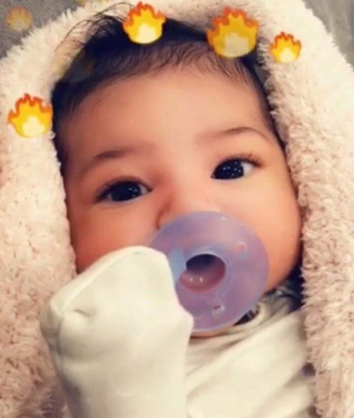 Kylie Jenner & Travis Scott Share Their Daughter Stormi's Face For The First Time On Social Media