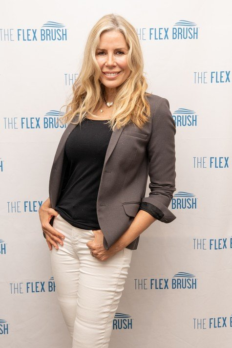 "Aviva Drescher Says Carole Radziwill Is ""Extremely Contrived"" & Is Only On Real Housewives Of New York Because ""She's Best Friends With Andy Cohen"""