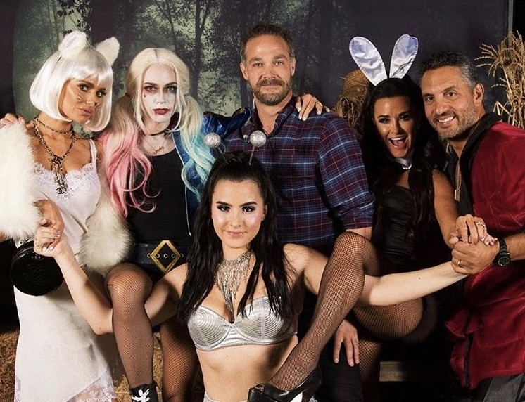 Kyle Richards' Halloween Party: Dorit Kemsley, Teddi Mellencamp Arroyave, & More- Photos
