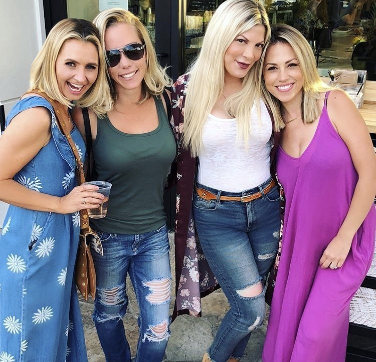 Beverly Mitchell, Kendra Wilkinson, Tori Spelling, & Jessica Hall