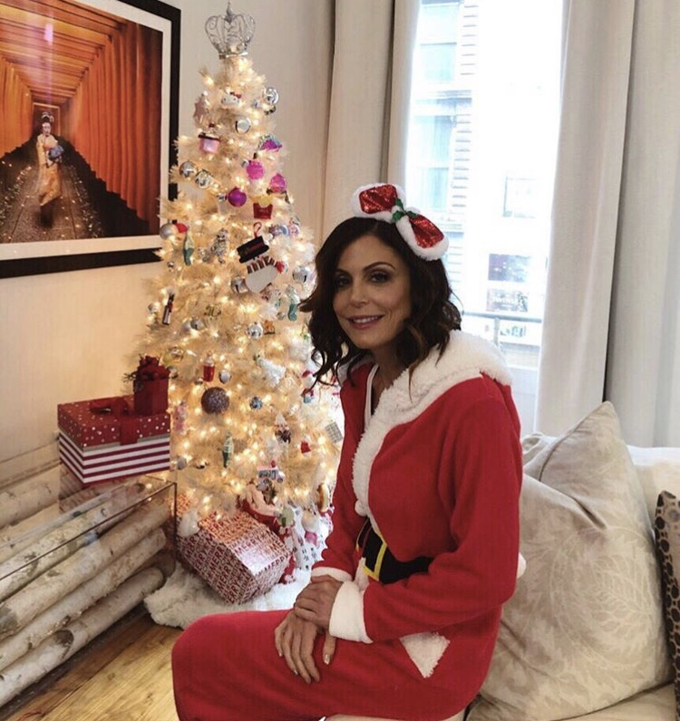 Bethenny Frankel Dressed Up For Christmas