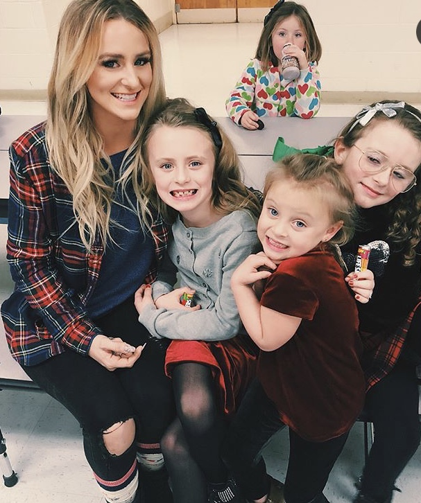 Leah Messer With Her Family