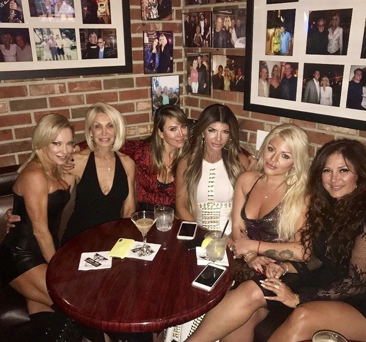 Kelly Dodd & Teresa Giudice With Friends