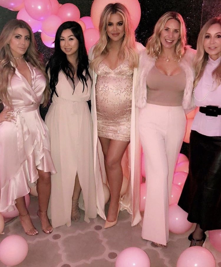 Larsa Pippen & Khloe Kardashian With Friends
