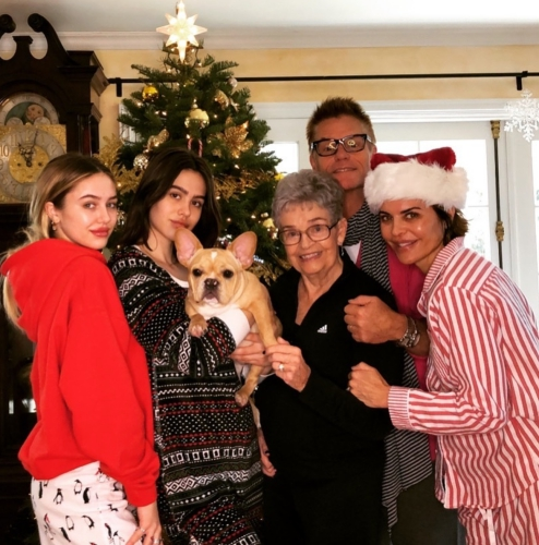 Lisa Rinna & Harry Hamlin With Their Family