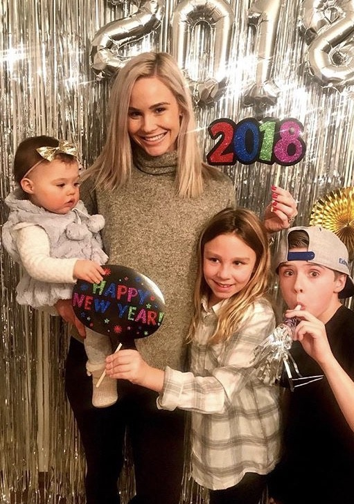 Meghan Edmonds With Her Daughter & Step Kids