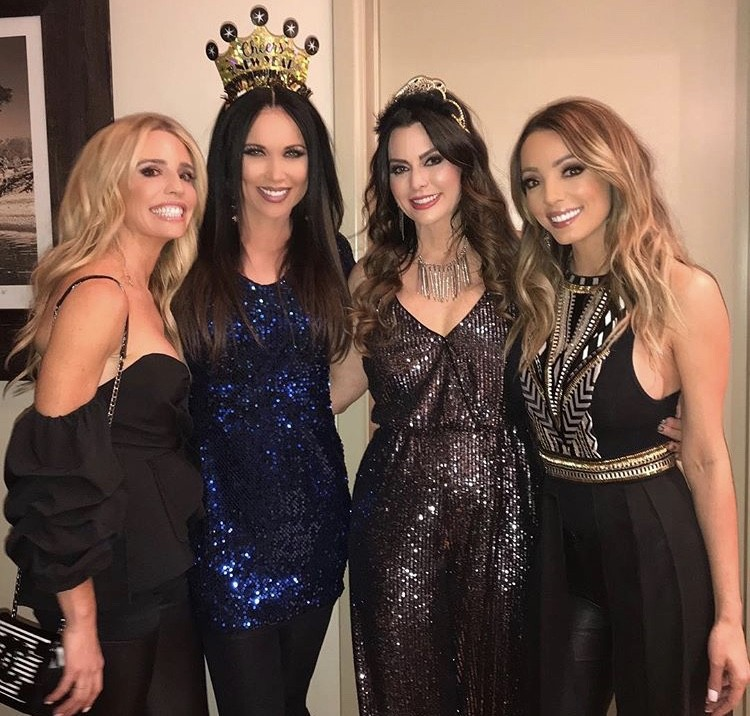 LeeAnne Locken & D'Andra Simmons With Friends