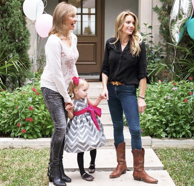 Cary Deuber With Her Mother & Daughter