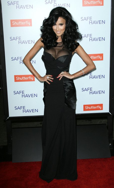 reality-stars-safe-haven-premiere-ghalichi-rossi-hough-20