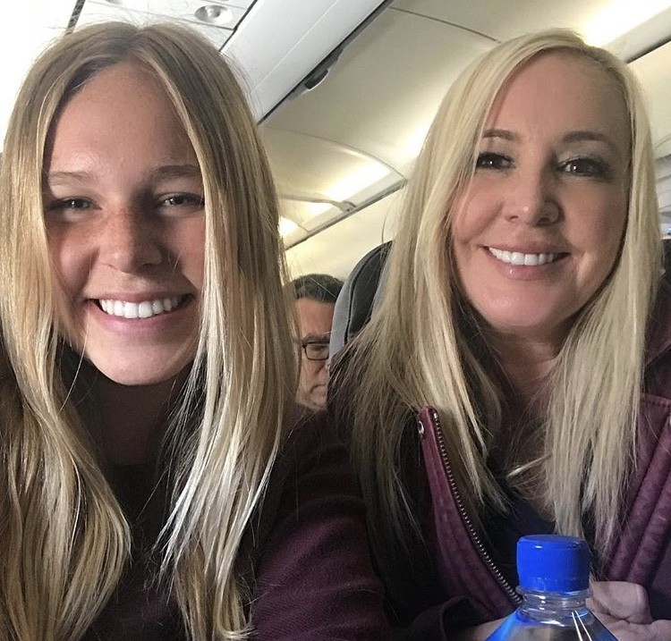 Shannon & Her Daughter Sophie On The Plane