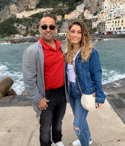 Gabriella & Joe On The Amalfi Coast